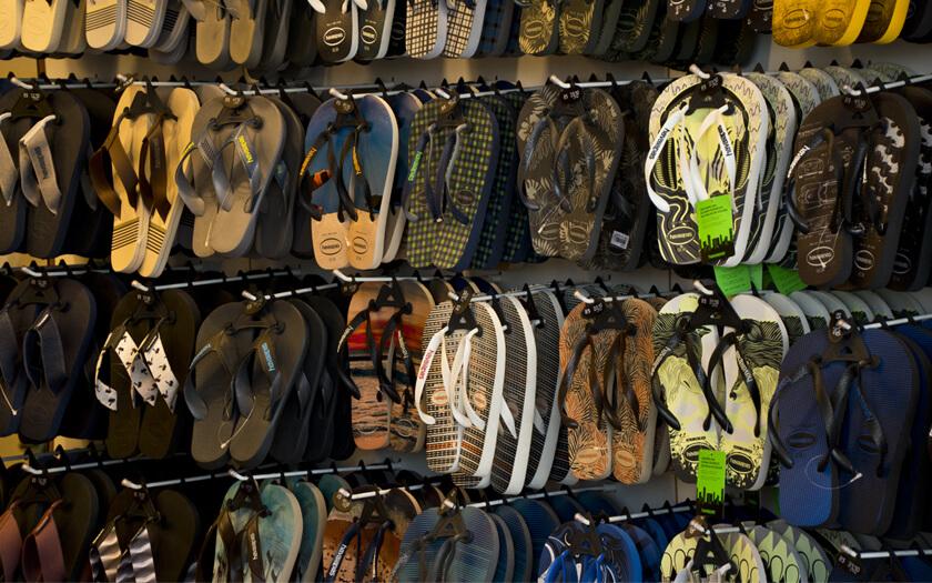 4-sandal-pria-terbaik-1.jpg