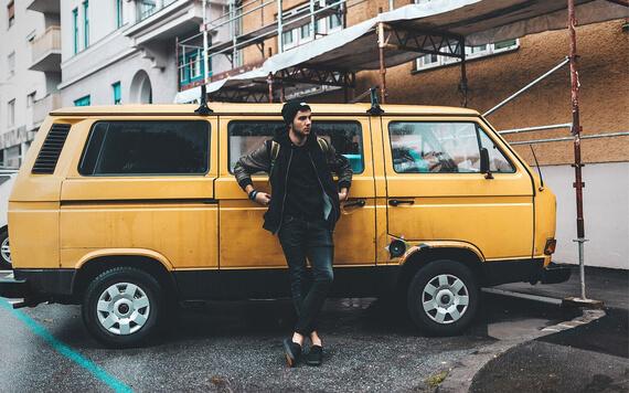 5 Tips Bergaya Fashion Pria ala Urban Street Style