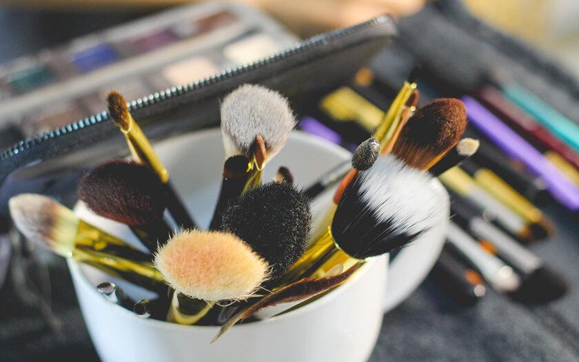 tips-makeup-sesuai-umur-1.jpg