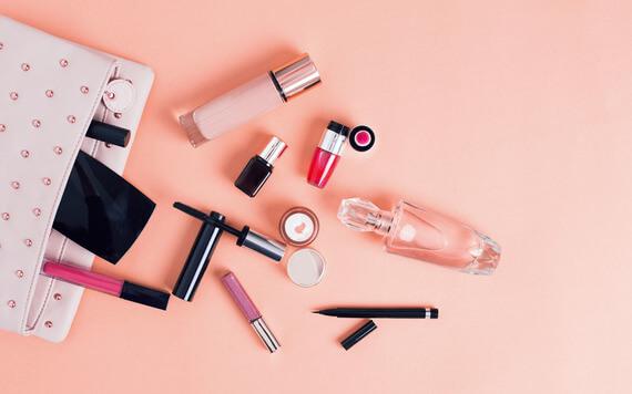 5 Tips Membeli Kosmetik yang Penting Diketahui Setiap Wanita