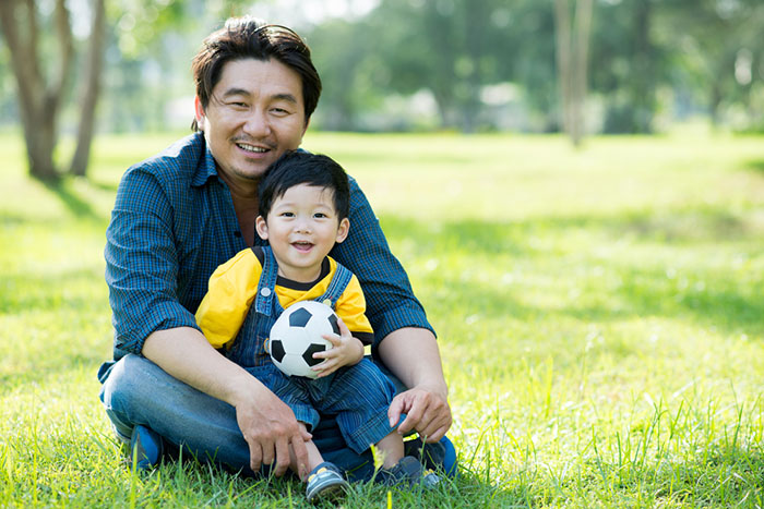 3 Macam Kegiatan Yang Dapat Menjalin Kedekatan Ayah dan Anak